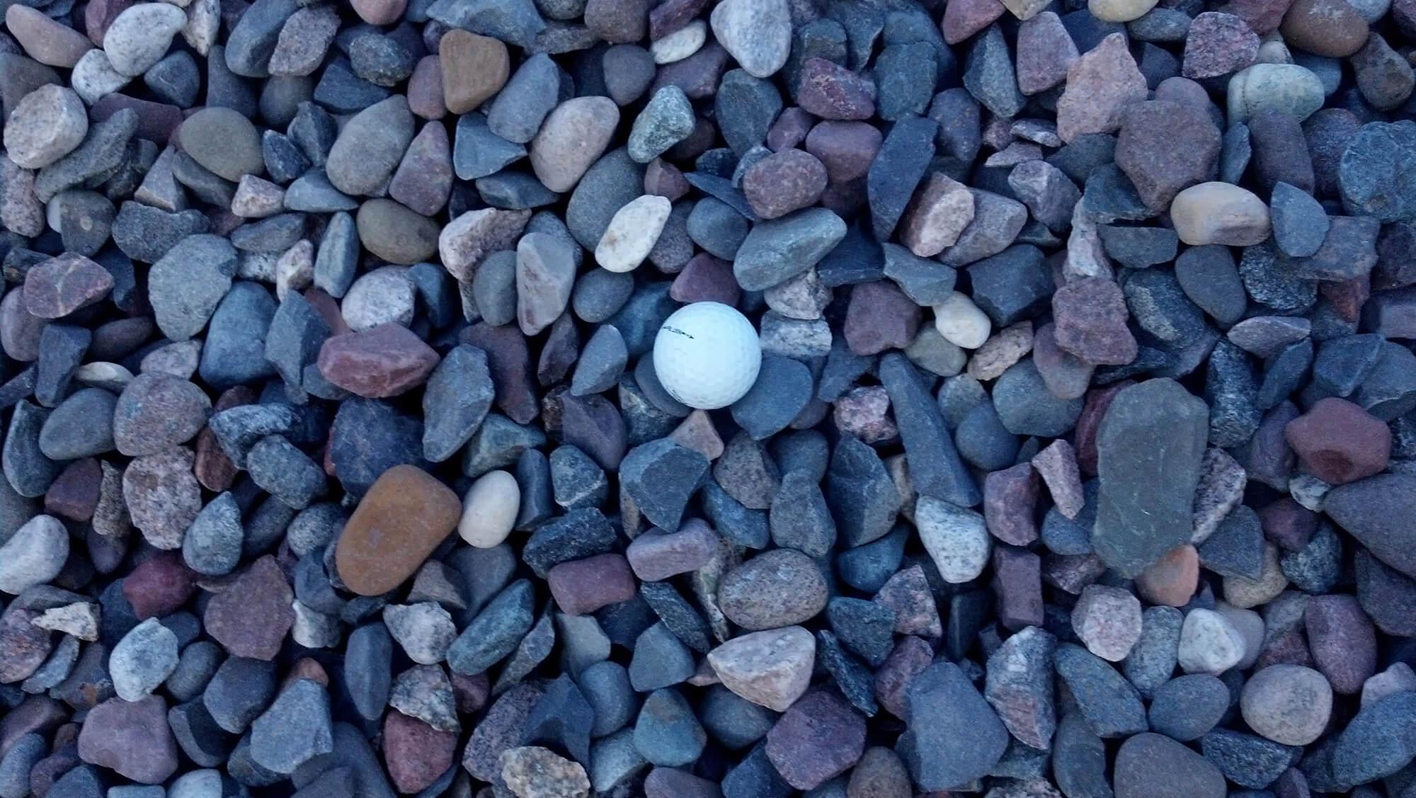 Blue landscape gravel beatiful landscape for Decorative river stones